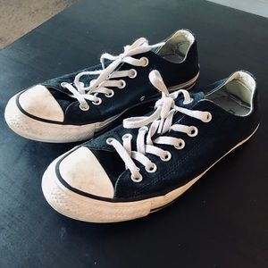 Black Women's All Star Converse Low Tops
